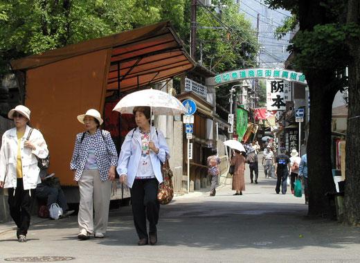 http://j-cave.com/images/img_ishikiri06.jpg